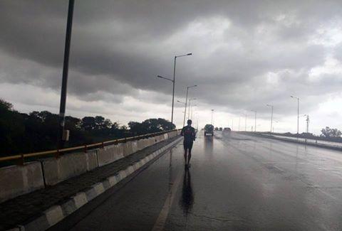 Milind en-route Mumbai amidst rain